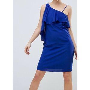 HOST PICK 💕 One shoulder blue shift dress